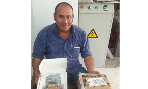 Client  from  Mexico Sr.Ivan Donde ,Bought Spares Parts of inkjet plotter