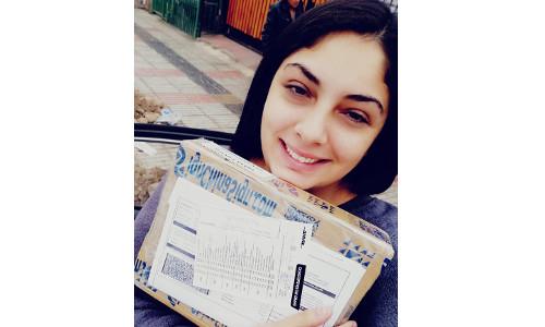 Chile-Senora Alejandra Andrea comprio Repuestos de Plotters