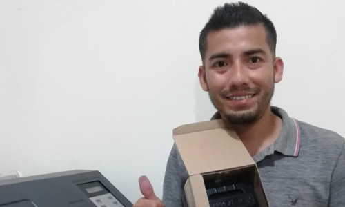 Ecuador-SR.Juan Lopez-Repuestos de Plotter