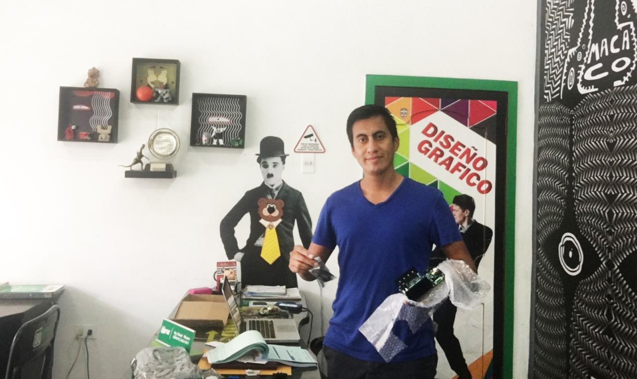 Ecuador-Sr.Renaldo-Repuestos de Plotter