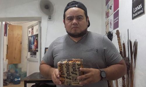 Cliente de Mexico Sr.Jose,comprio repuestos de plotter China